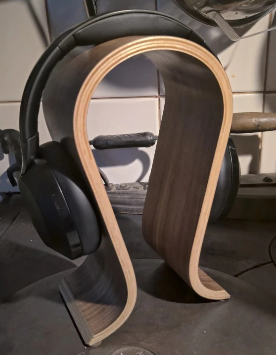 wooden birch headset holder